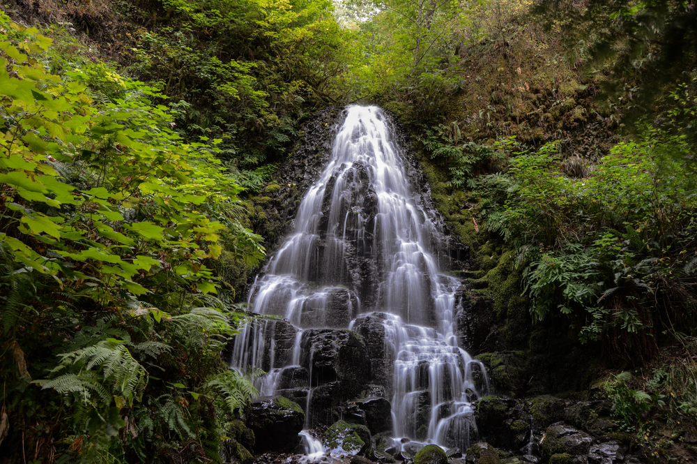 Fairy Falls, Oregon. Photo by @jrad_photo