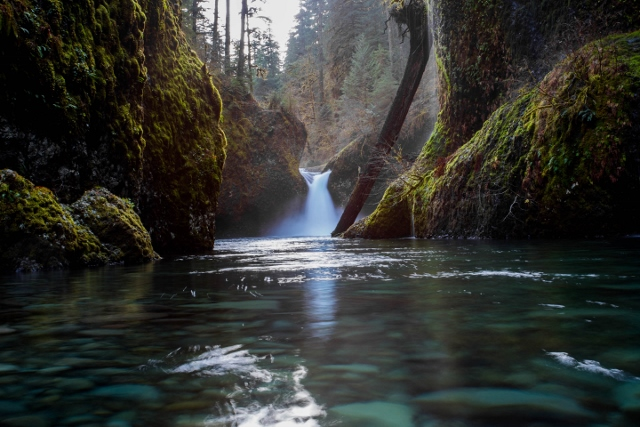 PUNCHBOWL FALLS, WINTER