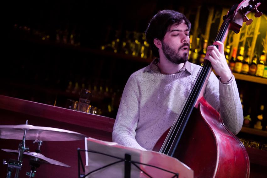 Eduardo Belo -Bass -