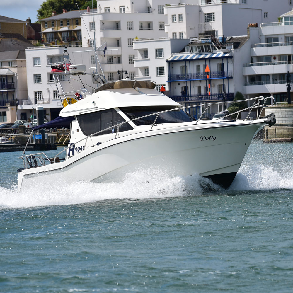 Solent-Boat-Charter.jpg