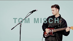 Performing Violin as a duo with Tom Misch covering 'Man Like You'.