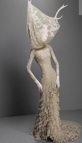 Alexander-McQueen-Savage-Beauty-Costume-Institute