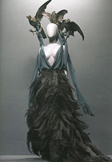 alexander-mcqueen-savage-beauty-met-exhibit-book-21