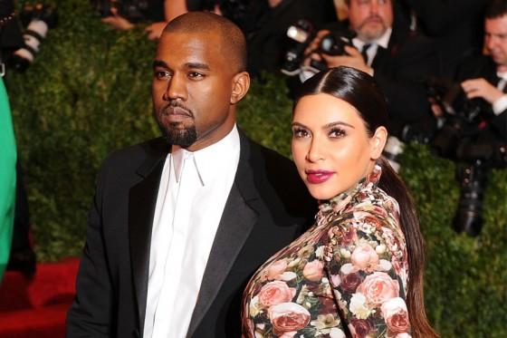 Kanye-West-Kim-Kardashian-900-600-560x373.jpg