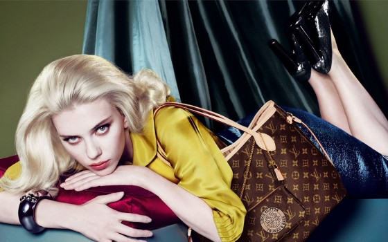 Scarlett-Louis-Vuitton-Fall-Winter-2007-scarlett-johansson-18093491-1600-1000-560x350.jpg
