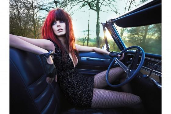 Daria-x-Kate-Moss-by-Mert-and-Marcus-vogue-1-30jan14_b2-560x373.jpg