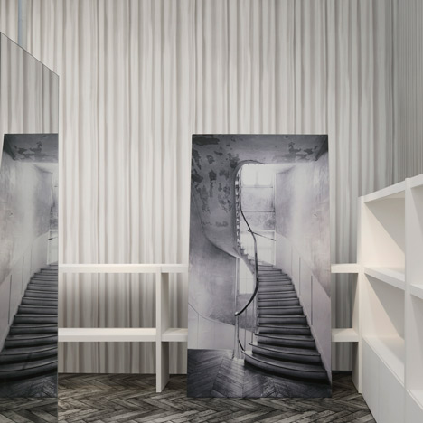 Maison-Martin-Margiela-wallpaper-collection-for-Omexco_dezeen_2