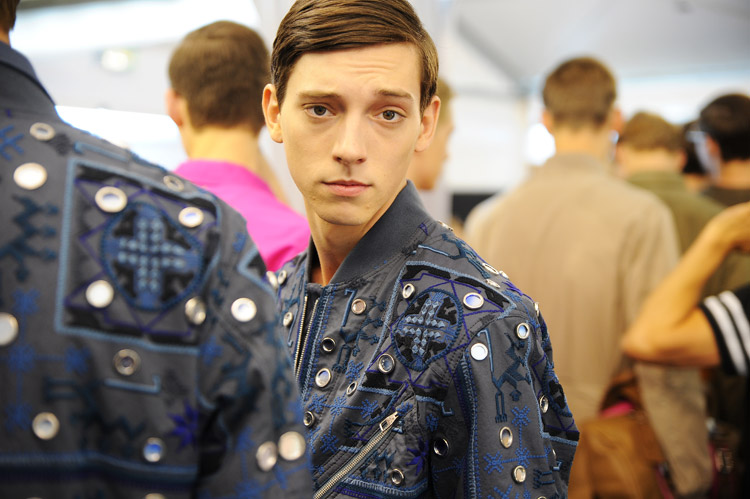 Louis-Vuitton-SS15-Menswear-Collection-Backstage-05