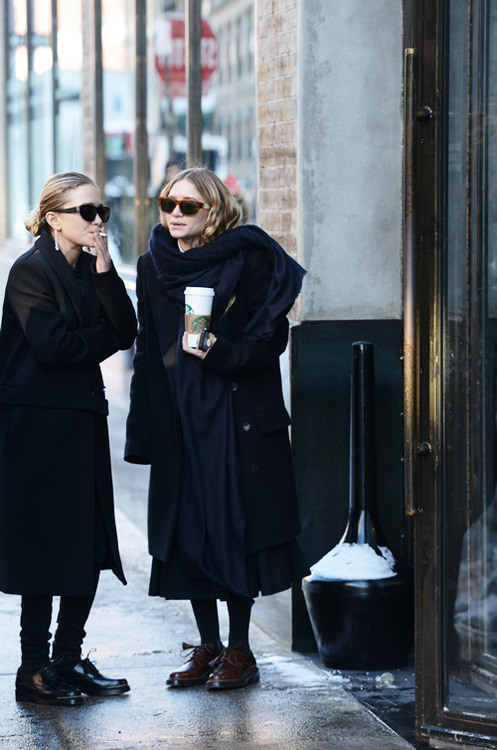 Friday Style Feature Mary Kate Olsen And Ashley Olsen