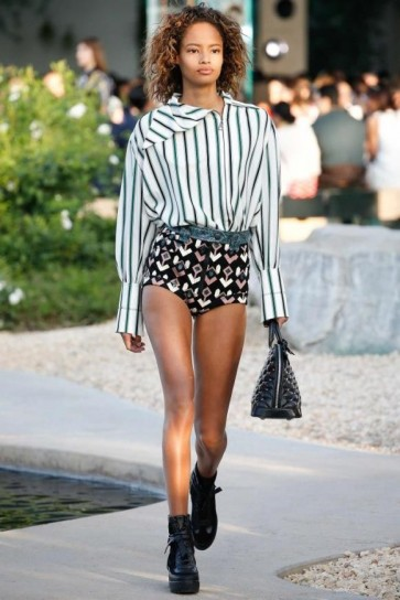 shorts-geometrico-louis-vuitton