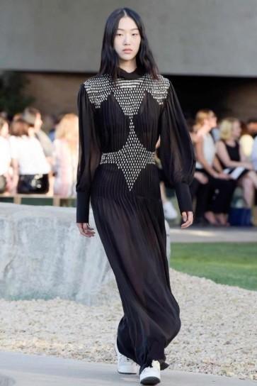 vestito-nero-con-inserti