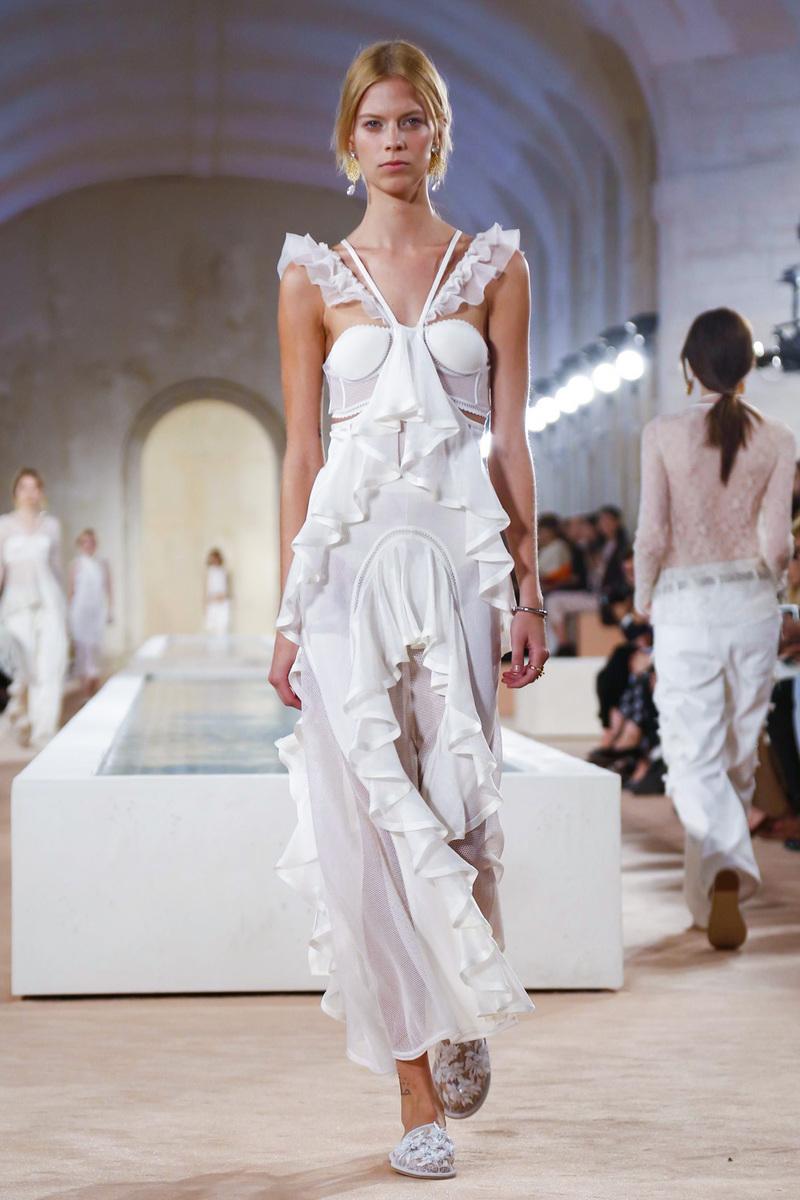 Balenciaga-Ready-to-Wear-Spring-Summer-2016-Paris-5990-1443816744-bigthumb.jpg