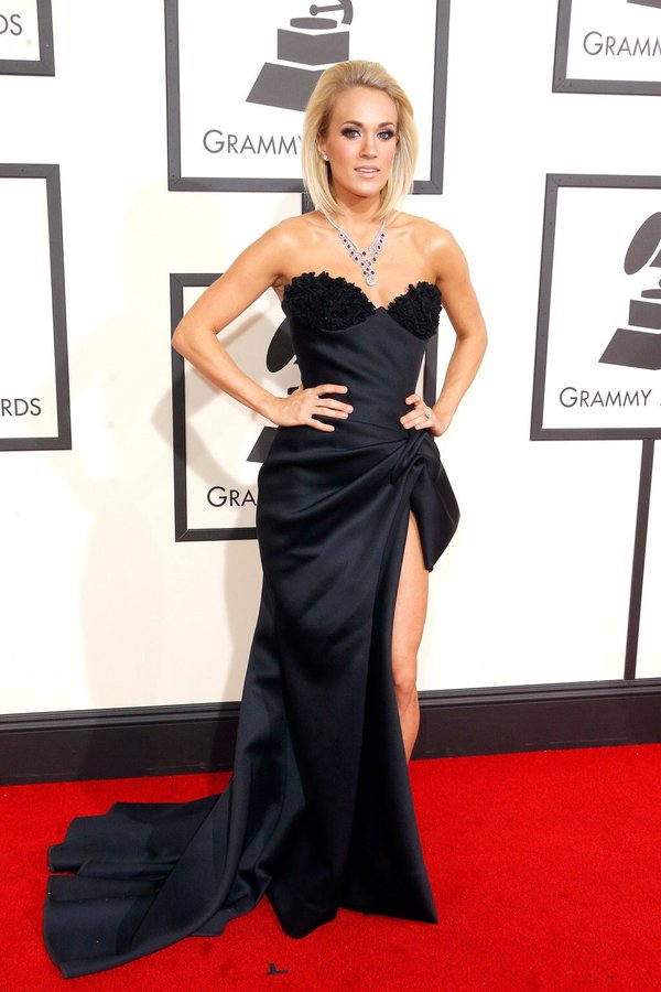 Carrie Underwood in Nicolas Jebran Fall 2015 Couture