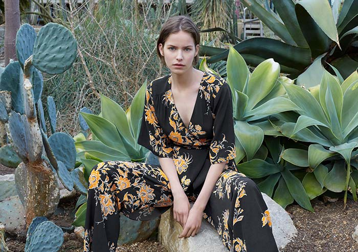 88633bdb Fast fashion is not going away but it is increasingly going online, at  least according to Zara's parent company. Inditex has reported strong sales  growth ...