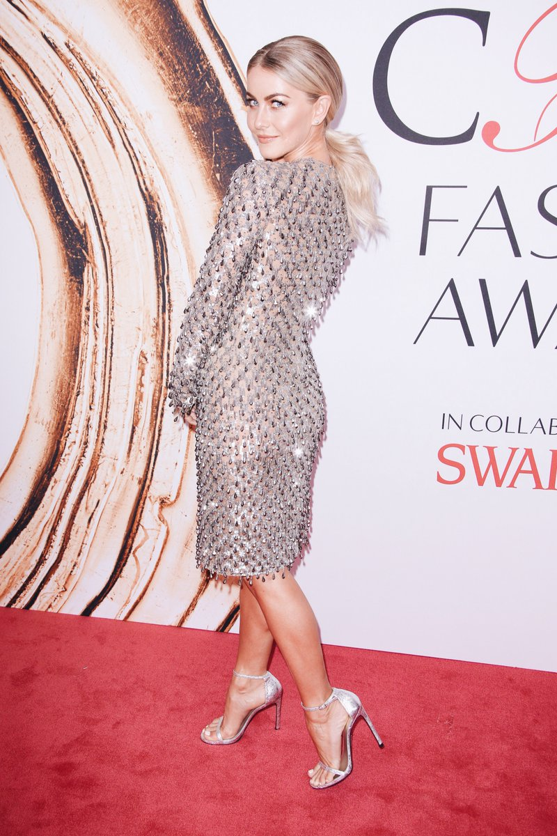 Julianne Hough in Michael Kors