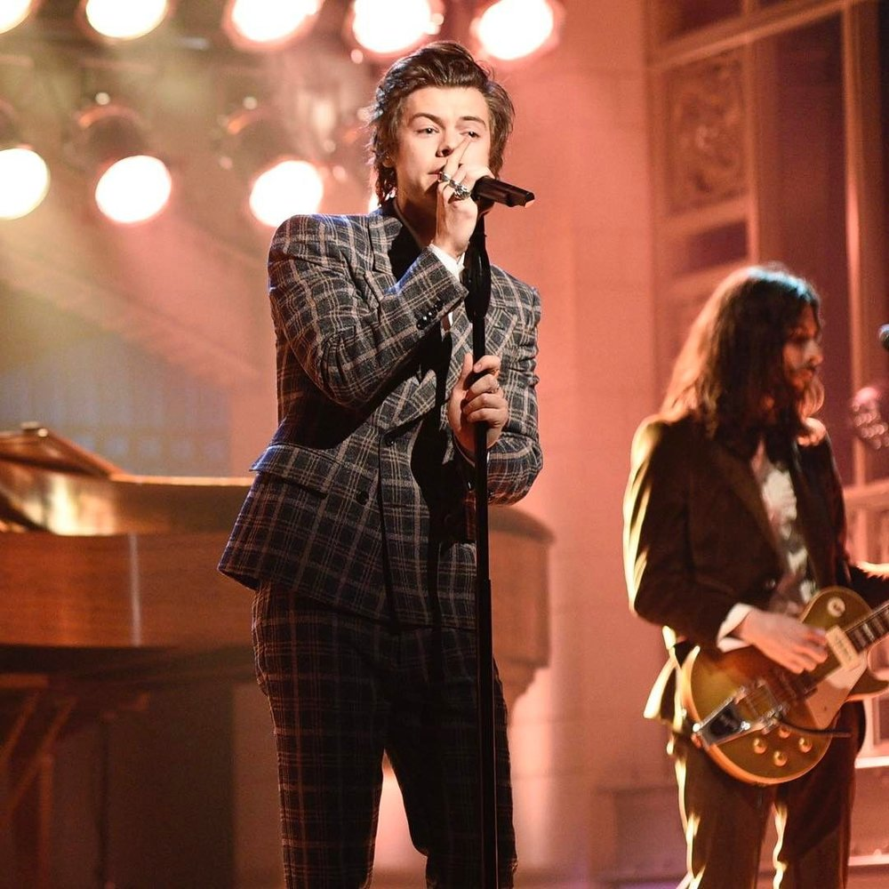 Styles in Gucci on Saturday Night Live