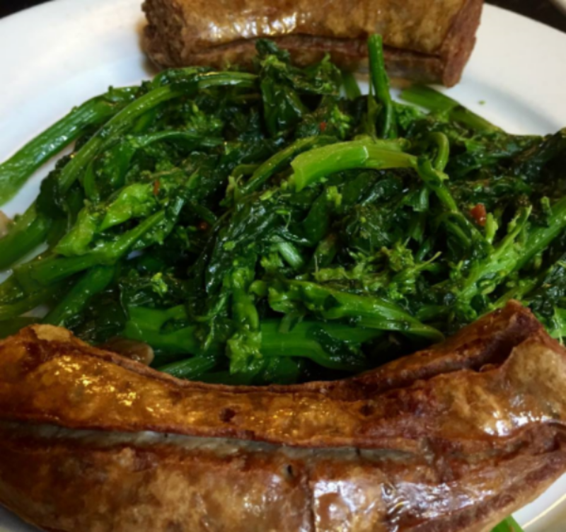 Salsiccia Broccoli Rabe -- Sausage and Broccoli Rabe entree (served with sides/per menu)