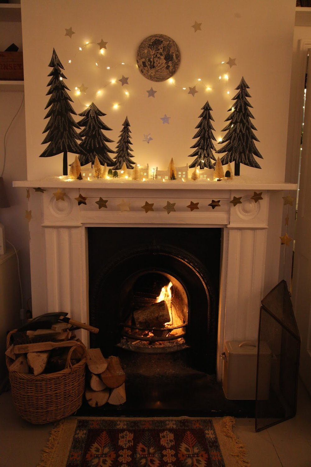 Twinkle Lights - Image www.junkaholique.comI just want to have twinkle lights all over my home, all year long. I think this is one of the simplest ways to create holiday magic inside our homes and turn ordinary decor into something magical.