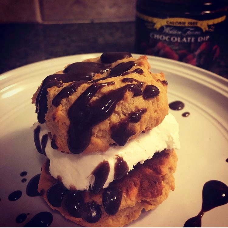 Cytosport protein cookie sandwich
