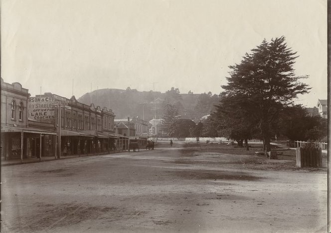 Early view of Victoria Road