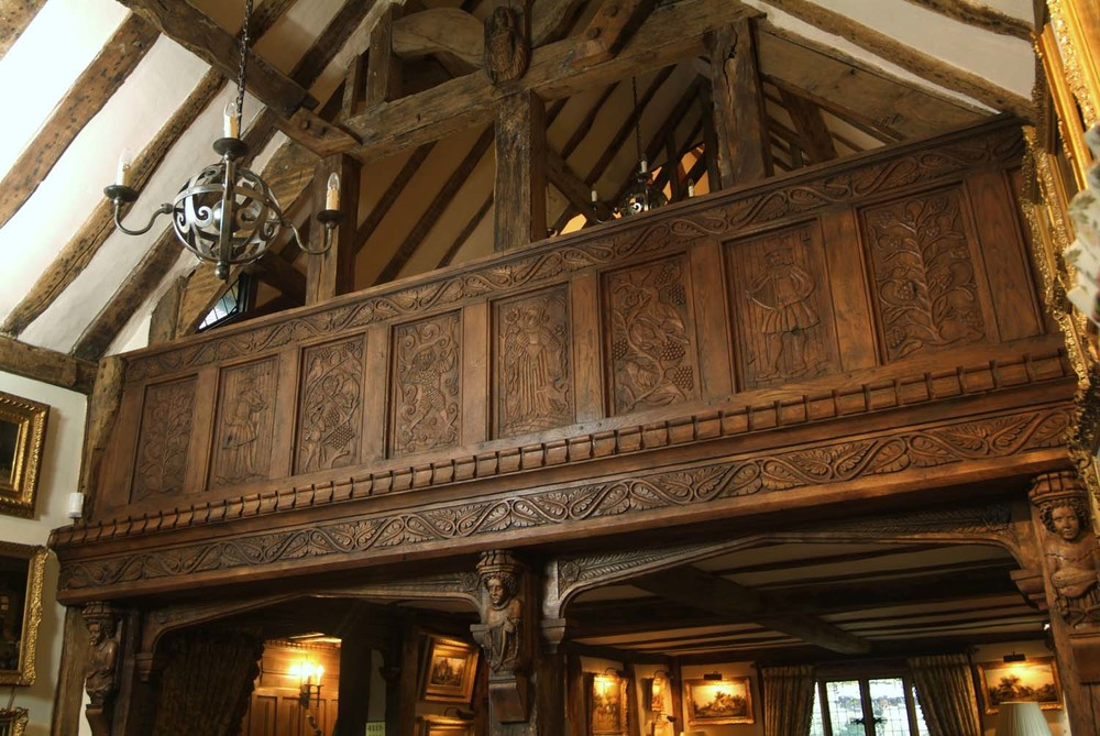 16th century Gothic style hand carved oak panelled gallery