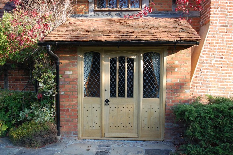 Gothic Style Door And Side Lights For A Period Property Project 1192
