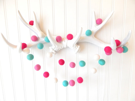 pink and blue party garland