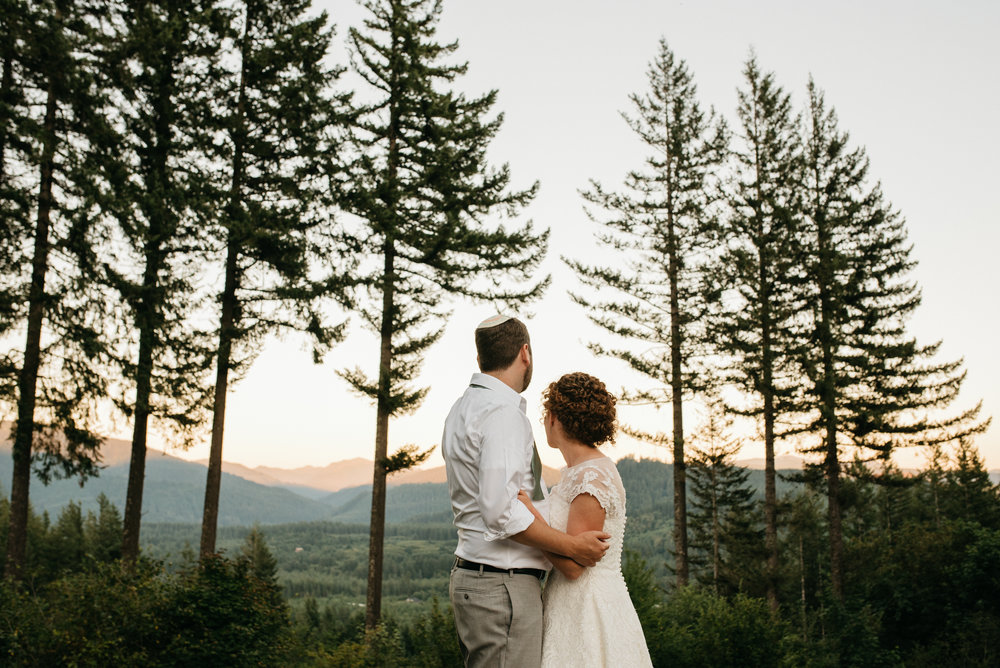 Andy + Becky - Anderson Londge | Ariel, WA