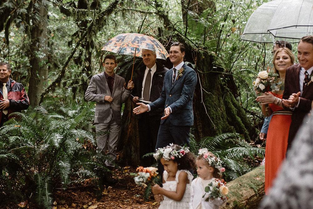 Intimate wedding seattle30.jpg