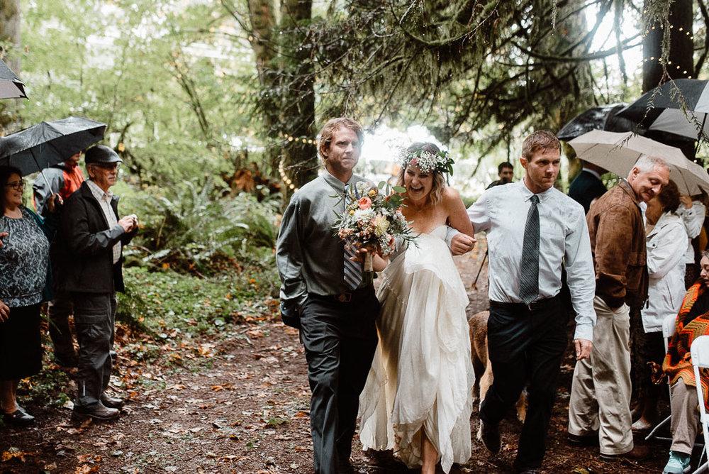 Intimate wedding seattle34.jpg
