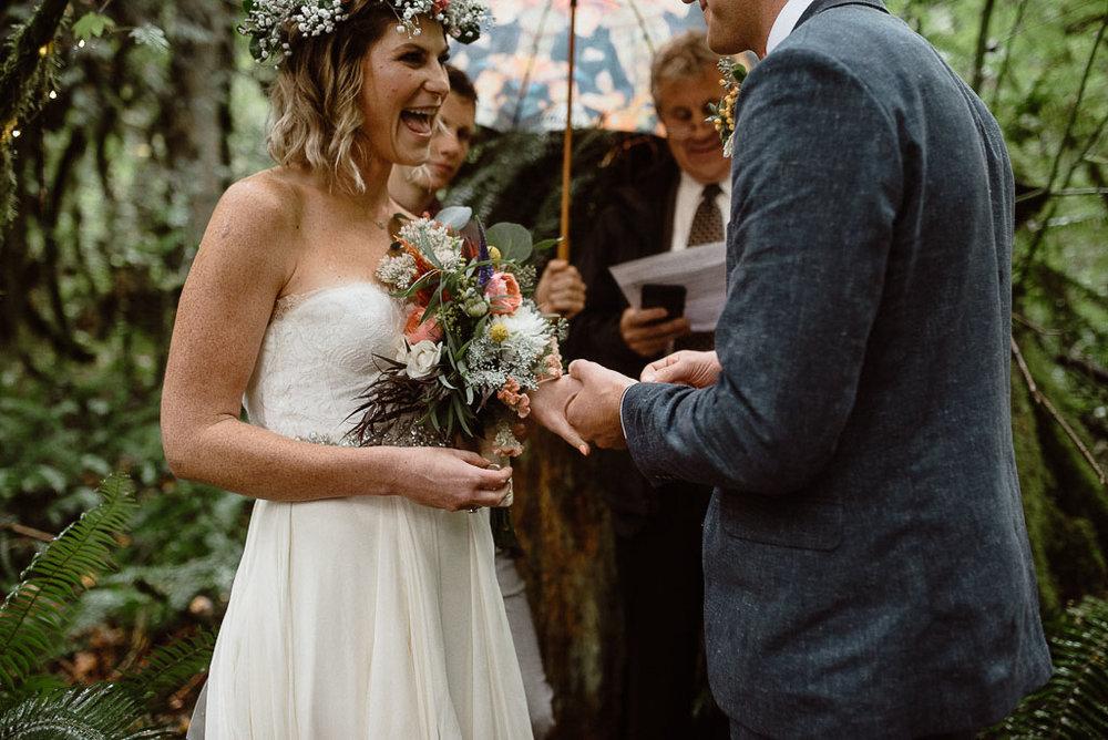 Intimate wedding seattle9.jpg