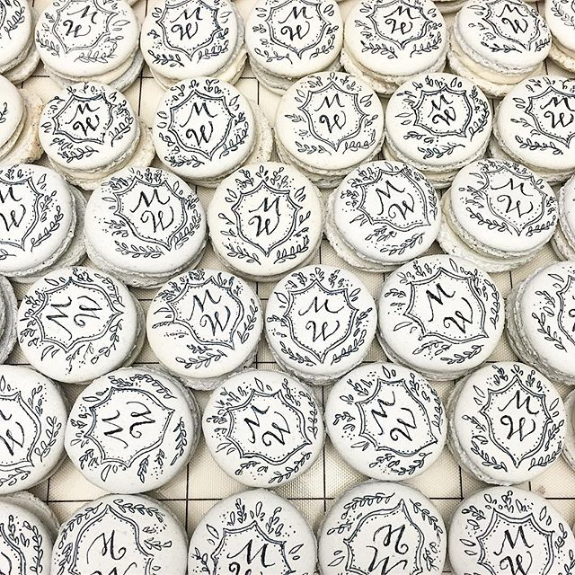 Macarons + monograms = ultimate wedding favor! #abcdcakes #abcdcakemake #charleston #charlestonwedding #charlestonbride #charlestonbakery #chseats #holycityeats #macarons #handpaintedmacarons #monogram #custom #buttercream #itsallinthedetails #bestdayever #girlboss #letthemeatcake