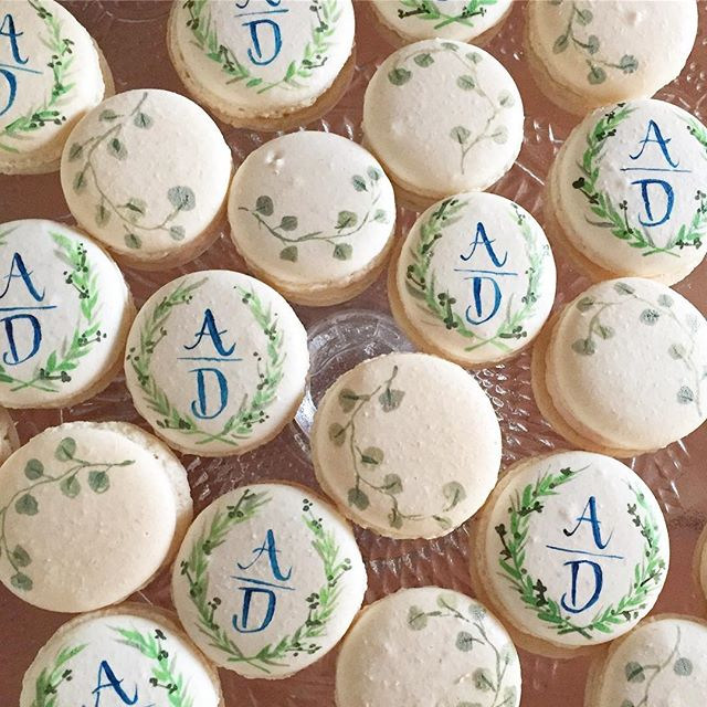 Every day is #nationalmacaronday at ABCD 🙈 #abcdcakes #abcdcakemake #charleston #charlestonbride #charlestonwedding #charlestonbakery #charlestonmacarons #handpaintedmacarons #buttercream #macarons #monogram #charlestonbakes #weddingday #bestdayever #girlboss #letthemeatcake