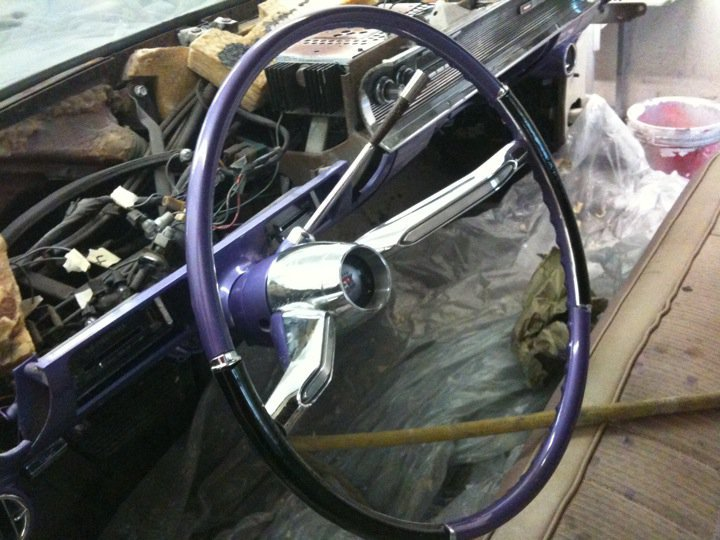 Steering wheel painted.