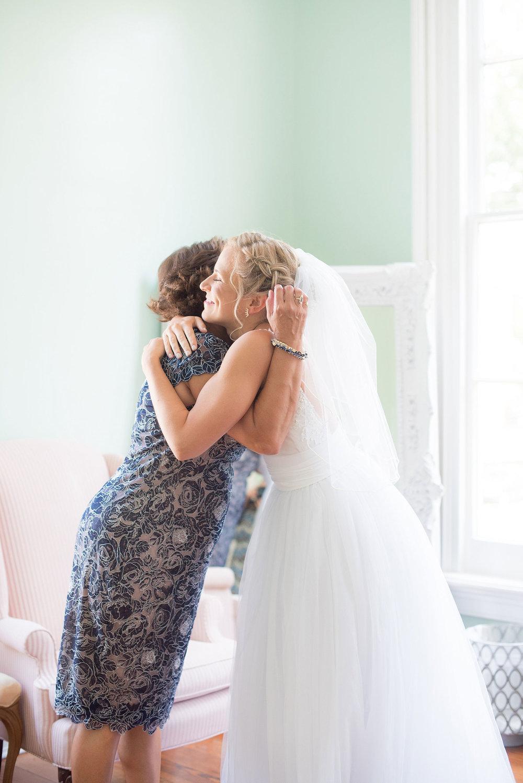 mikkelpaige-merrimon_wynne-raleigh_wedding_photos-020.jpg