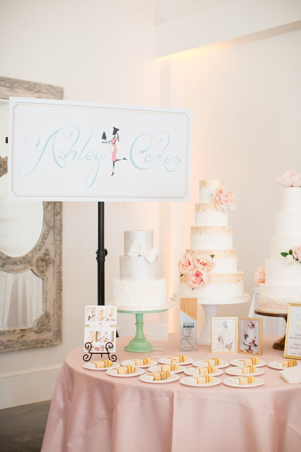 EVENTS BY   LA FETE    KATHERINE MILES JONES PHOTOGRAPHY    ASHLEY CAKES    PARTY REFLECTIONS