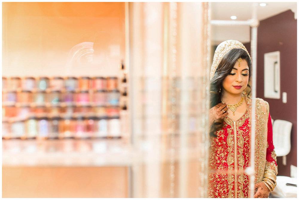 Versailles-Toronto-Mississauga-Brampton-Scarborough-GTA-Indian-Pakistani-Muslim-Wedding-Photographer_0004.jpg