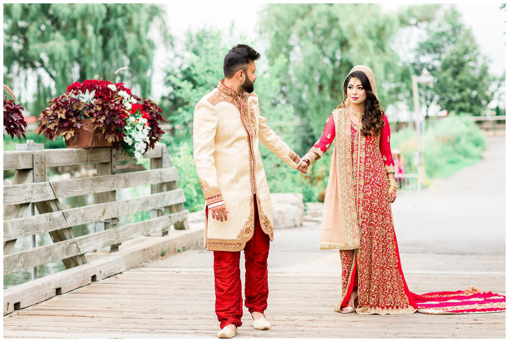 Versailles-Toronto-Mississauga-Brampton-Scarborough-GTA-Indian-Pakistani-Muslim-Wedding-Photographer_0022.jpg