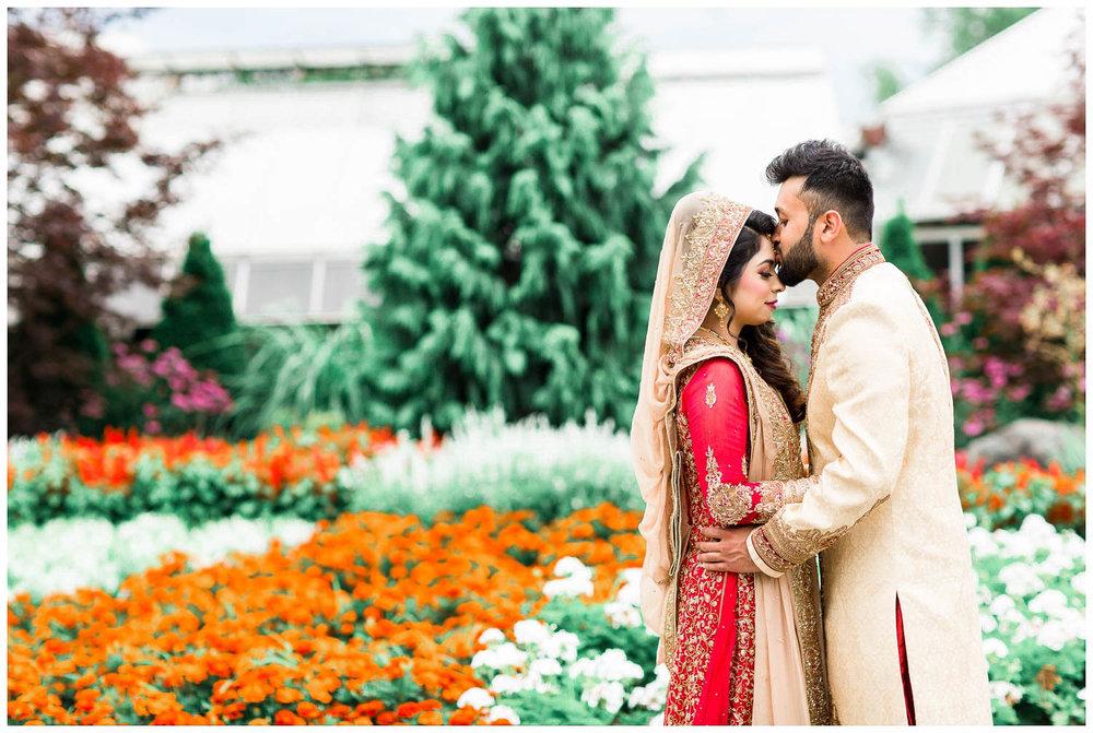 Versailles-Toronto-Mississauga-Brampton-Scarborough-GTA-Indian-Pakistani-Muslim-Wedding-Photographer_0033.jpg