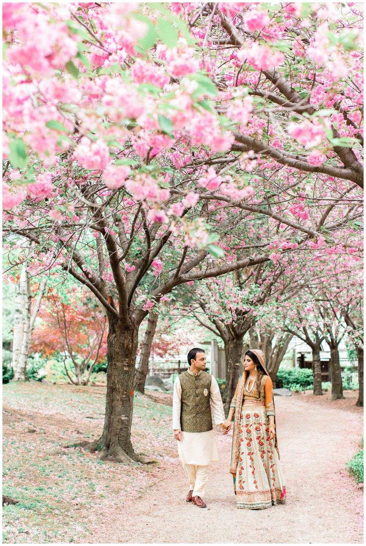 Mendhi-Kariya-Park-Candles-Banquet-Toronto-Mississauga-GTA-Pakistani-Indian-Muslim-Female-Wedding-Photographer_0016.jpg