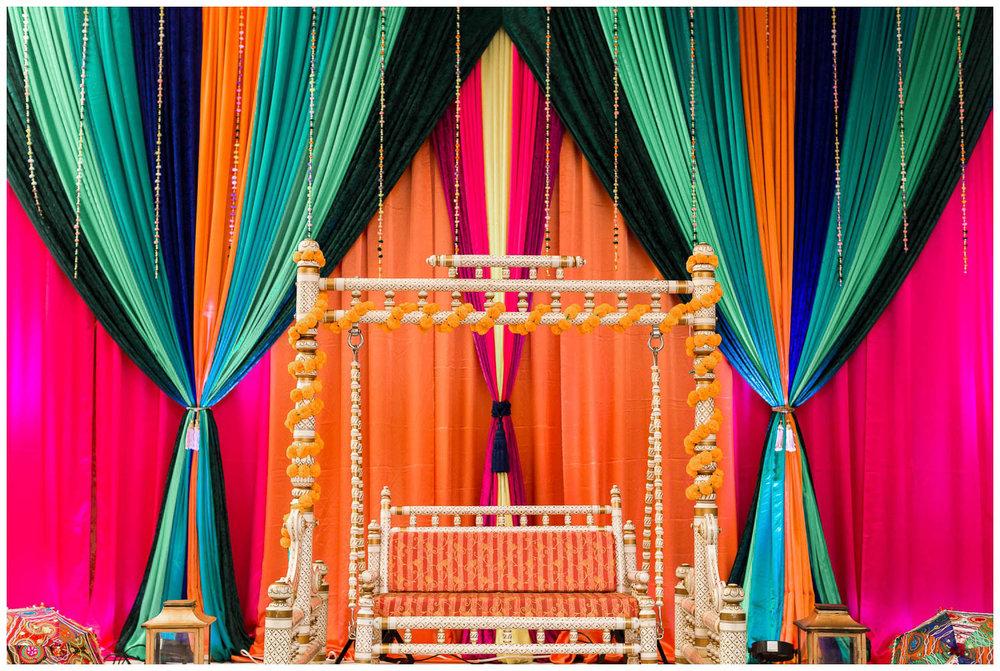 Mendhi-Kariya-Park-Candles-Banquet-Toronto-Mississauga-GTA-Pakistani-Indian-Muslim-Female-Wedding-Photographer_0020.jpg
