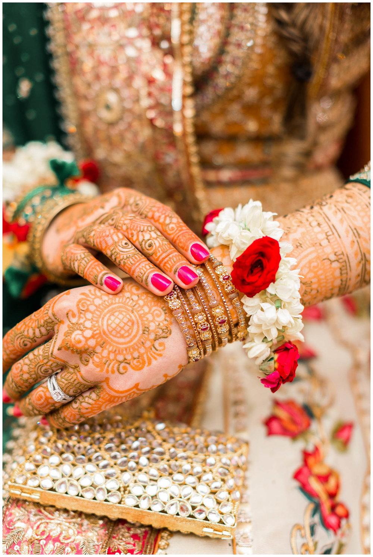 Mendhi-Kariya-Park-Candles-Banquet-Toronto-Mississauga-GTA-Pakistani-Indian-Muslim-Female-Wedding-Photographer_0045.jpg