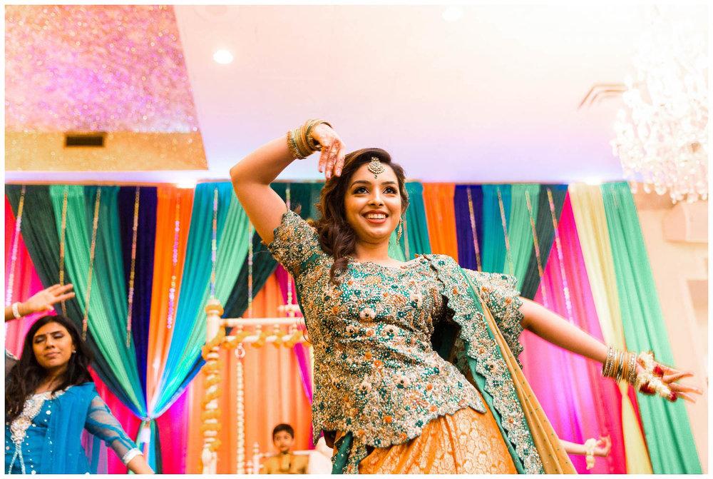 Mendhi-Kariya-Park-Candles-Banquet-Toronto-Mississauga-GTA-Pakistani-Indian-Muslim-Female-Wedding-Photographer_0050.jpg