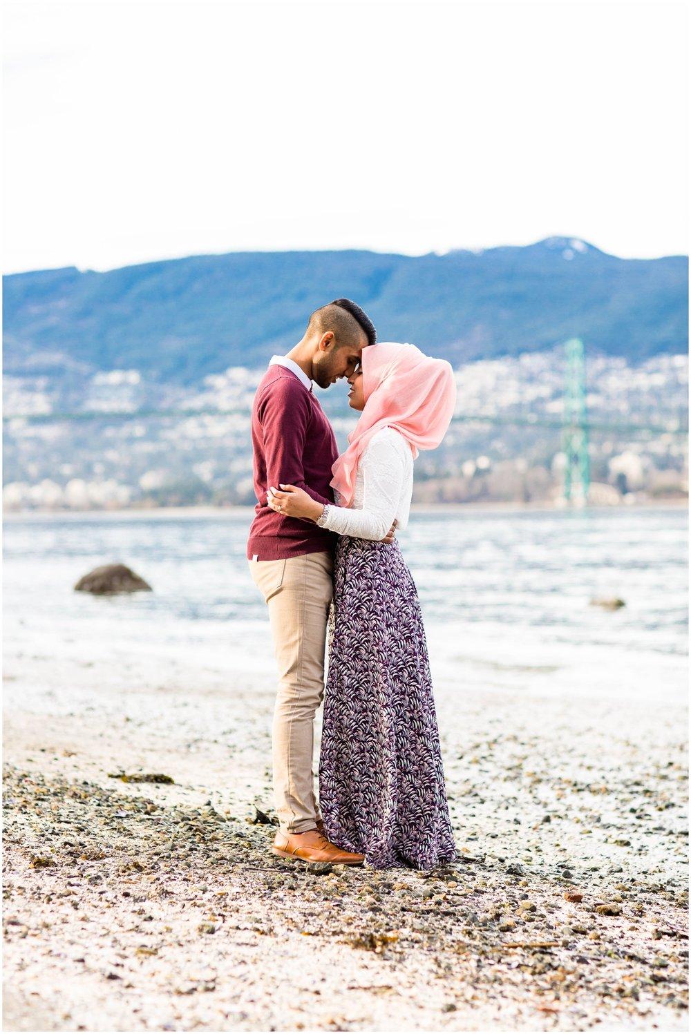 Stanley-Park-Engagement-Vancouver-Toronto-Mississauga-GTA-Pakistani-Indian-Wedding-Photography-Photographer_0089.jpg