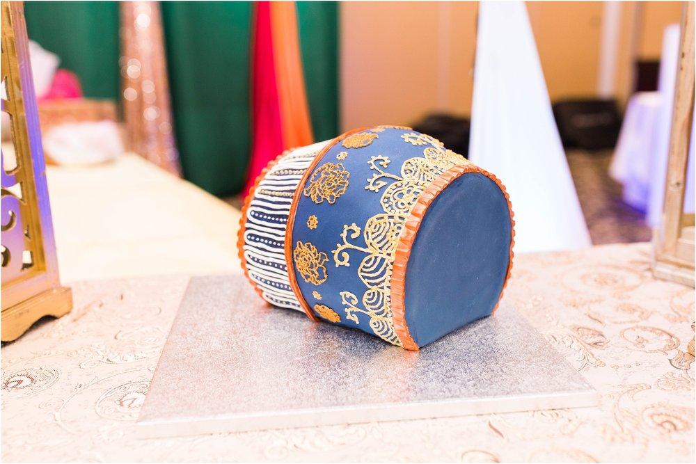 Mehndi-Markham-Convention-Centre-Toronto-Mississauga-Brampton-Scarborough-GTA-Pakistani-Indian-Wedding-Engagement-Photographer-Photography_0003.jpg