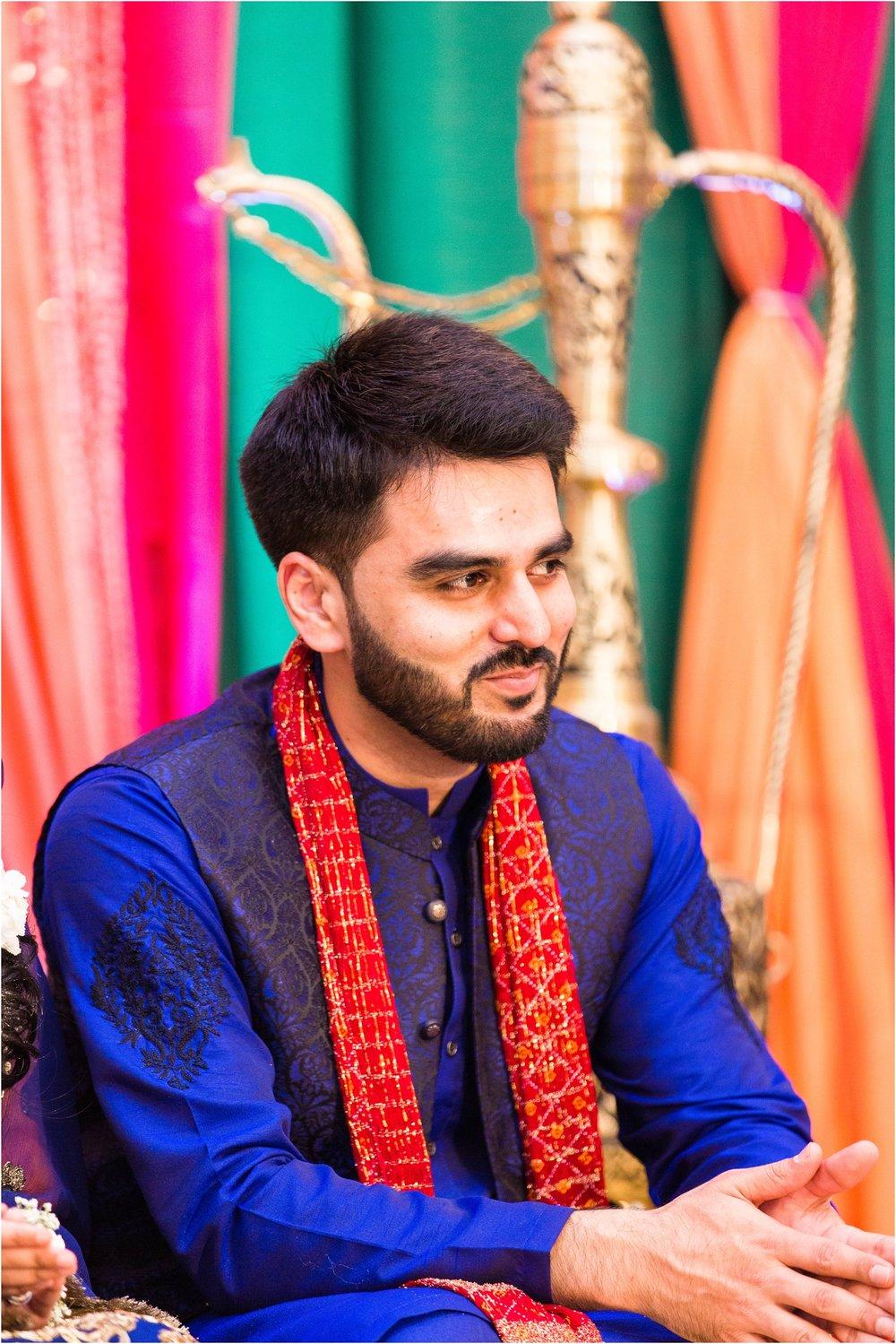 Mehndi-Markham-Convention-Centre-Toronto-Mississauga-Brampton-Scarborough-GTA-Pakistani-Indian-Wedding-Engagement-Photographer-Photography_0008.jpg