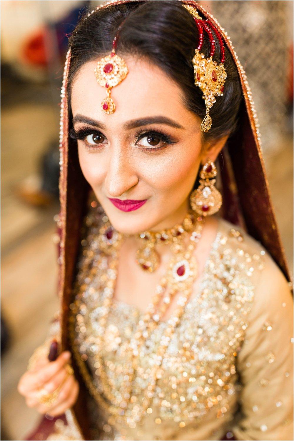 Scarborough-Convention-Centre-Baraat-Toronto-Mississauga-Brampton-Scarborough-GTA-Pakistani-Indian-Wedding-Engagement-Photographer-Photography_0011.jpg