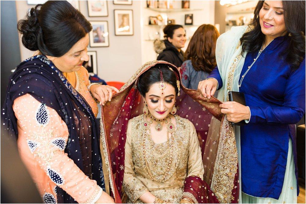 Scarborough-Convention-Centre-Baraat-Toronto-Mississauga-Brampton-Scarborough-GTA-Pakistani-Indian-Wedding-Engagement-Photographer-Photography_0014.jpg