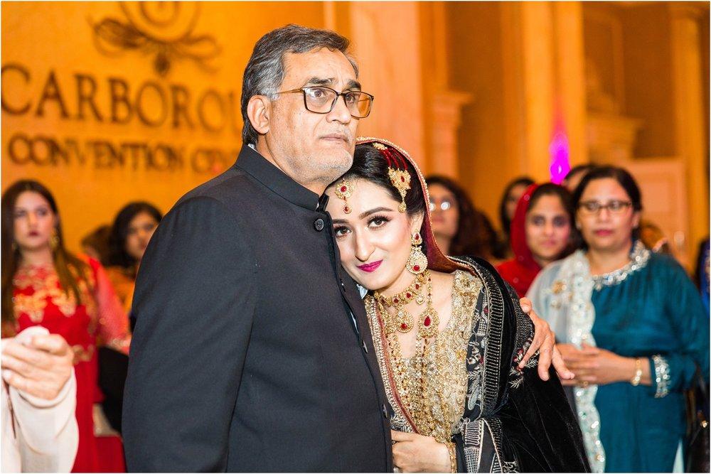 Scarborough-Convention-Centre-Baraat-Toronto-Mississauga-Brampton-Scarborough-GTA-Pakistani-Indian-Wedding-Engagement-Photographer-Photography_0039.jpg