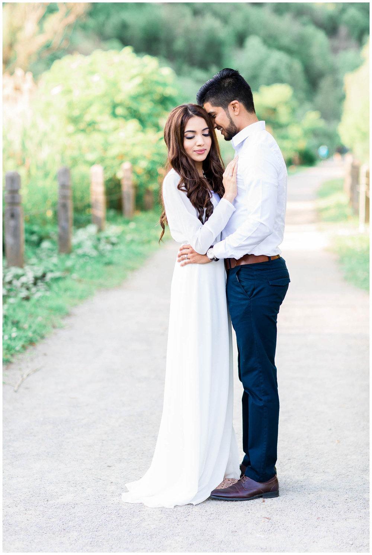Scarborough-Bluffs-Main-Street-Unionville-Engagement-Toronto-Mississauga-Pakistani-Muslim-Wedding-Photographer_0007.jpg